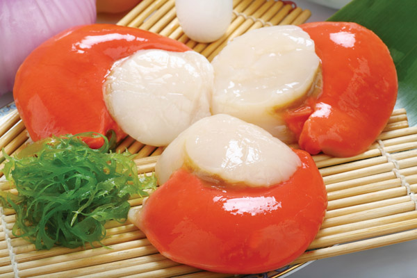 Sea scallops roe on Featured Image